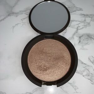 BECCA PRESSED SHIMMERING SKIN PERFECTER OPAL
